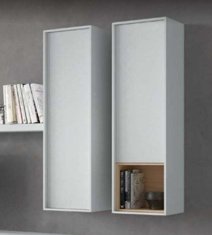Alçado de parede com porta e abertura