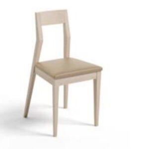 Cadeira com assento estofado
